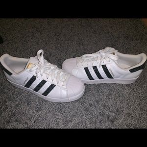 Adidas SuperStar Size 9 WOMENS